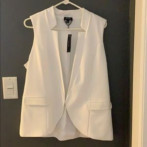 New Nicole Miller white vest